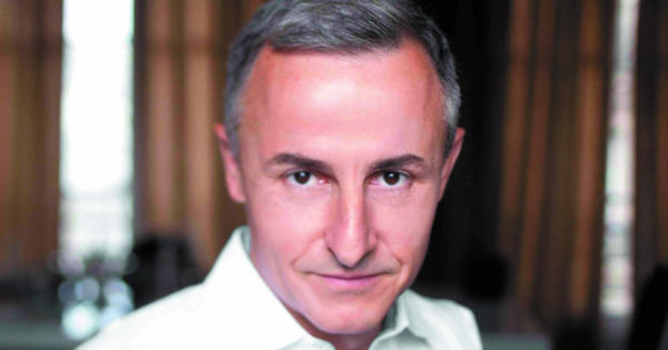 Hervé Van der Straeten: créateur de bijoux et de mobilier de luxe