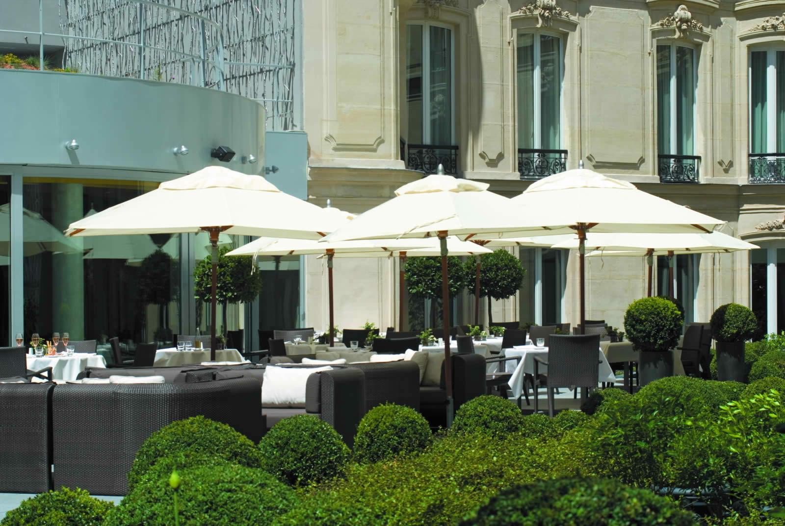 The Hôtel Barrière Le Fouquet's PARIS: A Mythical Place in Paris
