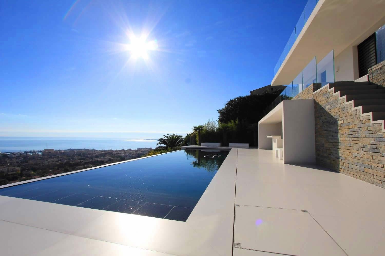 El gante villa d 39 architecte avec piscine debordement for Villa piscine debordement
