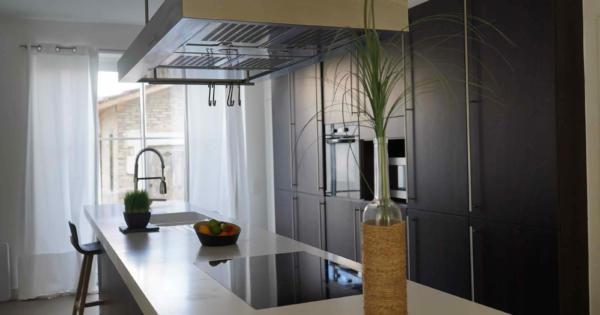 villa-vaste-sejour-cuisine-moderne-terrasse-a-vendrevilla-vaste-sejour-cuisine-moderne-terrasse-a-vendre
