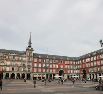 chic-quarters-madrid-spain-city-art-museums