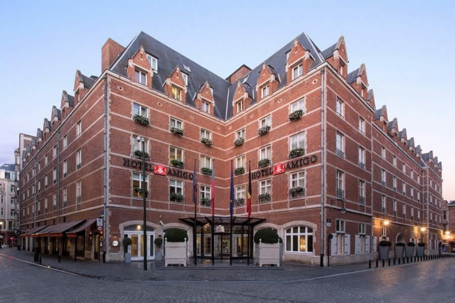 hotel-amigo-luxe-histoire-prison-penthouse_2