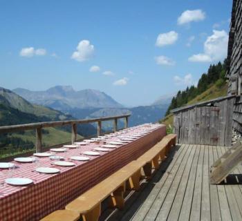 alpage-des-etoiles-guest-table-mountain-restaurant