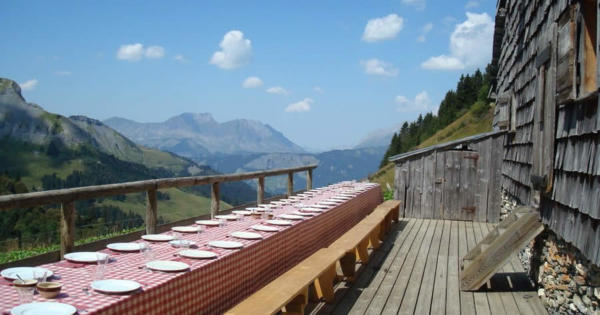 alpage-des-etoiles-guest-table-mountain-restaurant