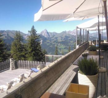 chalet-eagle-club-restaurant-luxe-terrasse