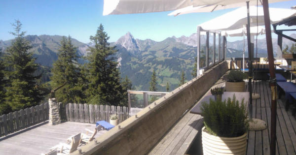chalet-eagle-club-restaurant-luxe-terrasse