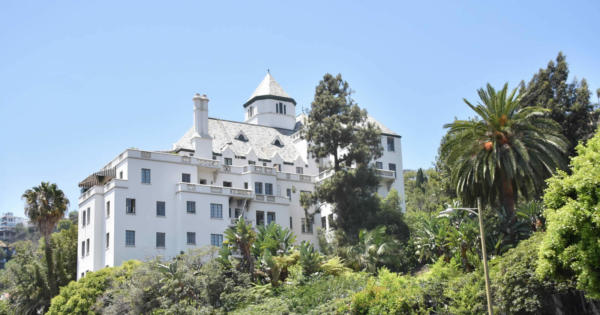 chateau-marmont-hotel-stars-bungalows-west-hollywood