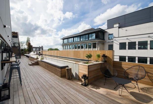 jam-hotel-piscine-toit-vue-panoramique-4