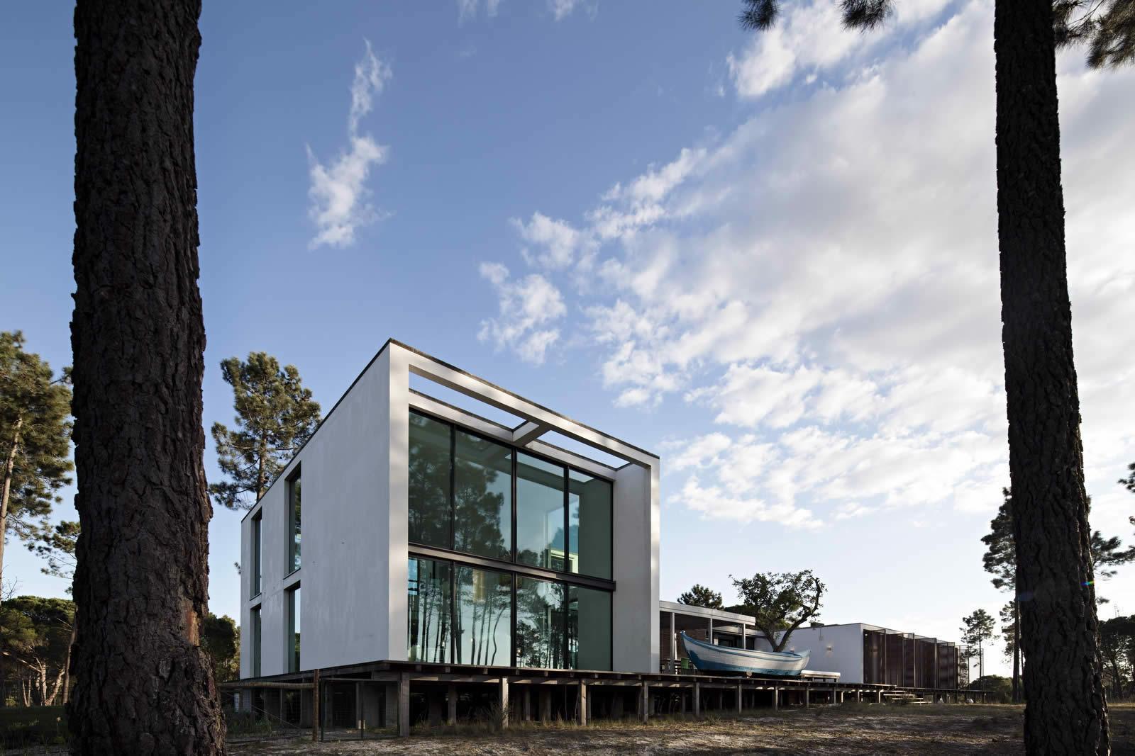 stunning villa moderne a vendre portugal ideas awesome interior home satellite. Black Bedroom Furniture Sets. Home Design Ideas