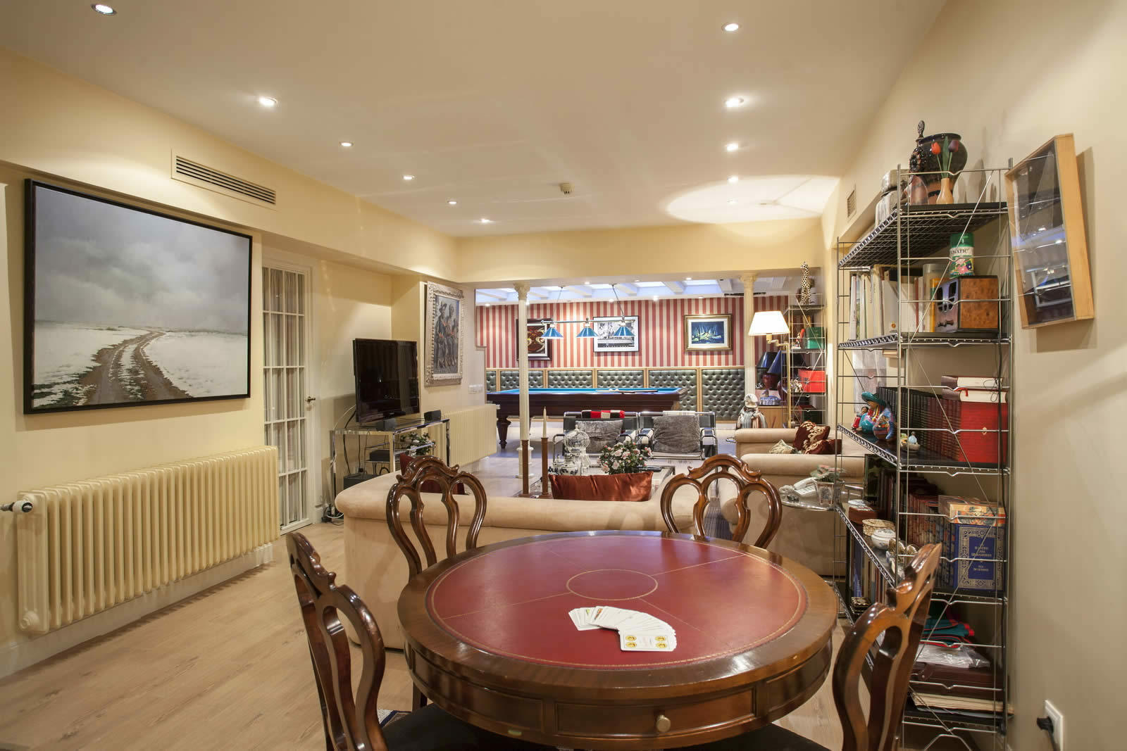 Chalet With Swimming Pool Garden And Wine Cellar For Sale
