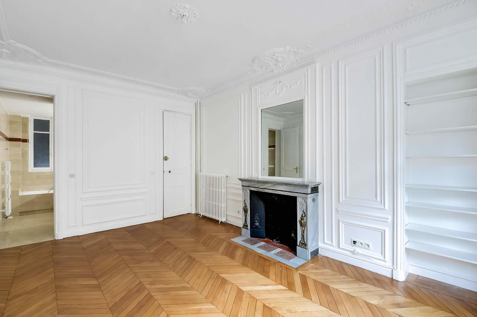 appartement familial dans un immeuble haussmannien avec de belles hauteurs sous plafond et. Black Bedroom Furniture Sets. Home Design Ideas