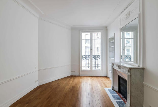 familial apartment in haussmannian building with high ceilings and parquet for sale in the 16th. Black Bedroom Furniture Sets. Home Design Ideas