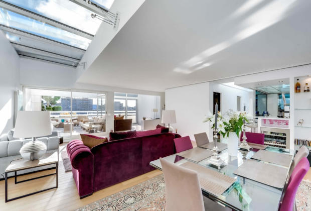 Apartment facing bassin villette spacious terrace panoramic view