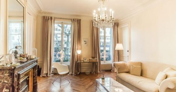appartement-style-a-la-francaise-parquet-cheminee-a-vendre-centre