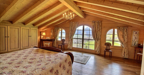 3-storey-chalet-fireplace-terrace-balcony-panoramic-view-mountains-for-sale-chateau-doex