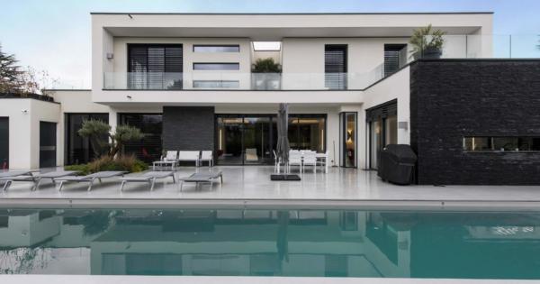 villa-contemporaine-vue-nature-a-vendre-charbonnieres-les-bains