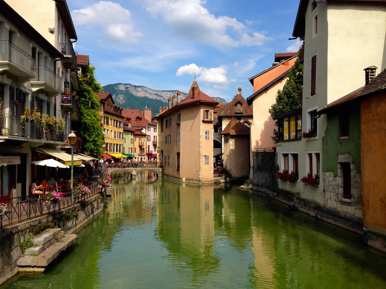 Discover Annecy Live Invest In Annecy Haute Savoie