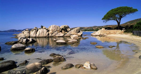 porto-vecchio-south-seaside-resort-secret-private-beaches-artisan-boutiques-mountain-hikes