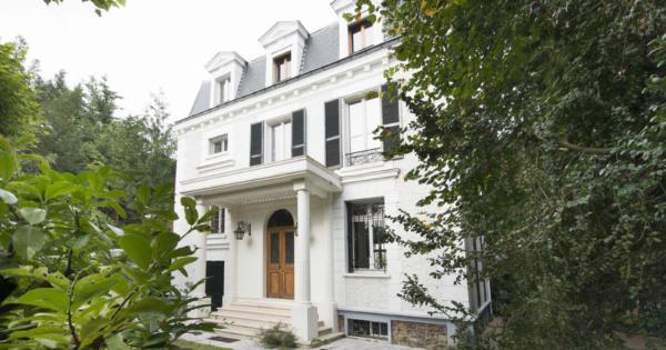 vente de prestige - hôtel particulier - LA VARENNE SAINT-HILAIRE