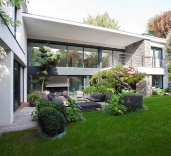 acheter une maison moderne ou ancienne avec piscine aix. Black Bedroom Furniture Sets. Home Design Ideas