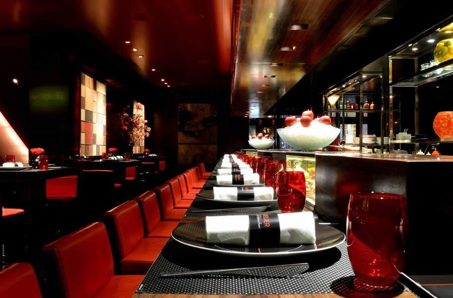 L atelier de jo l robuchon london french restaurant in for Cafe de jardin in covent garden