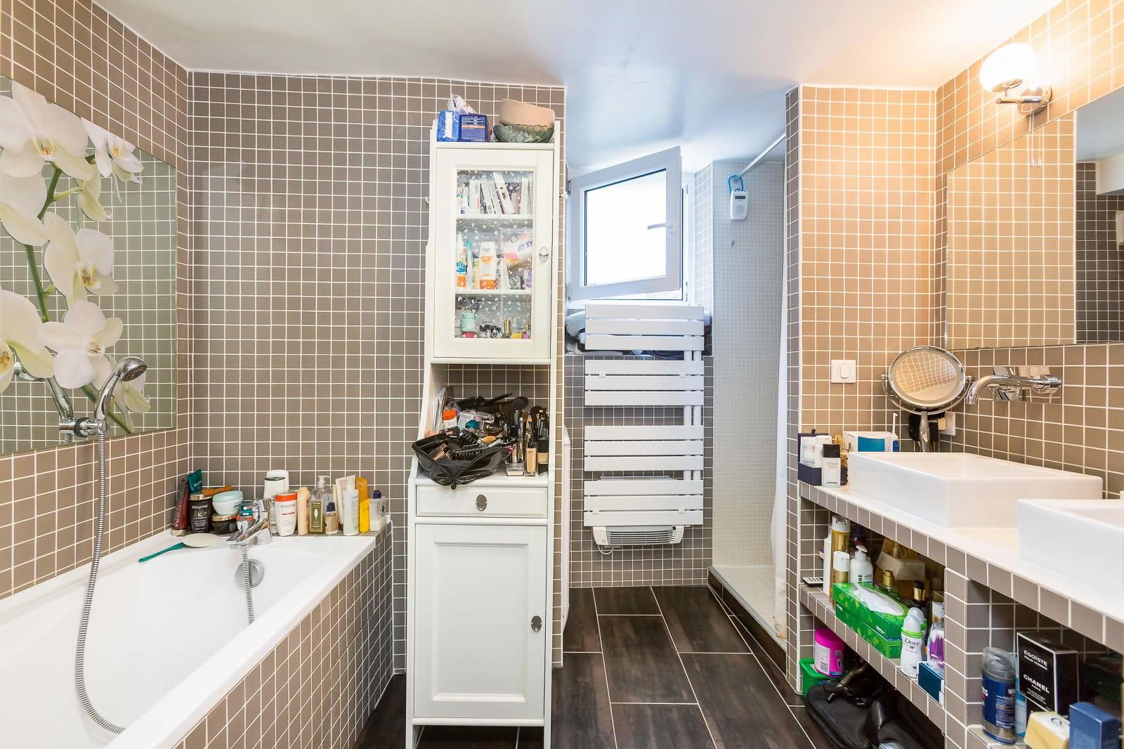 appartement-parisien-a-vendre-parquet-cellier-rangements