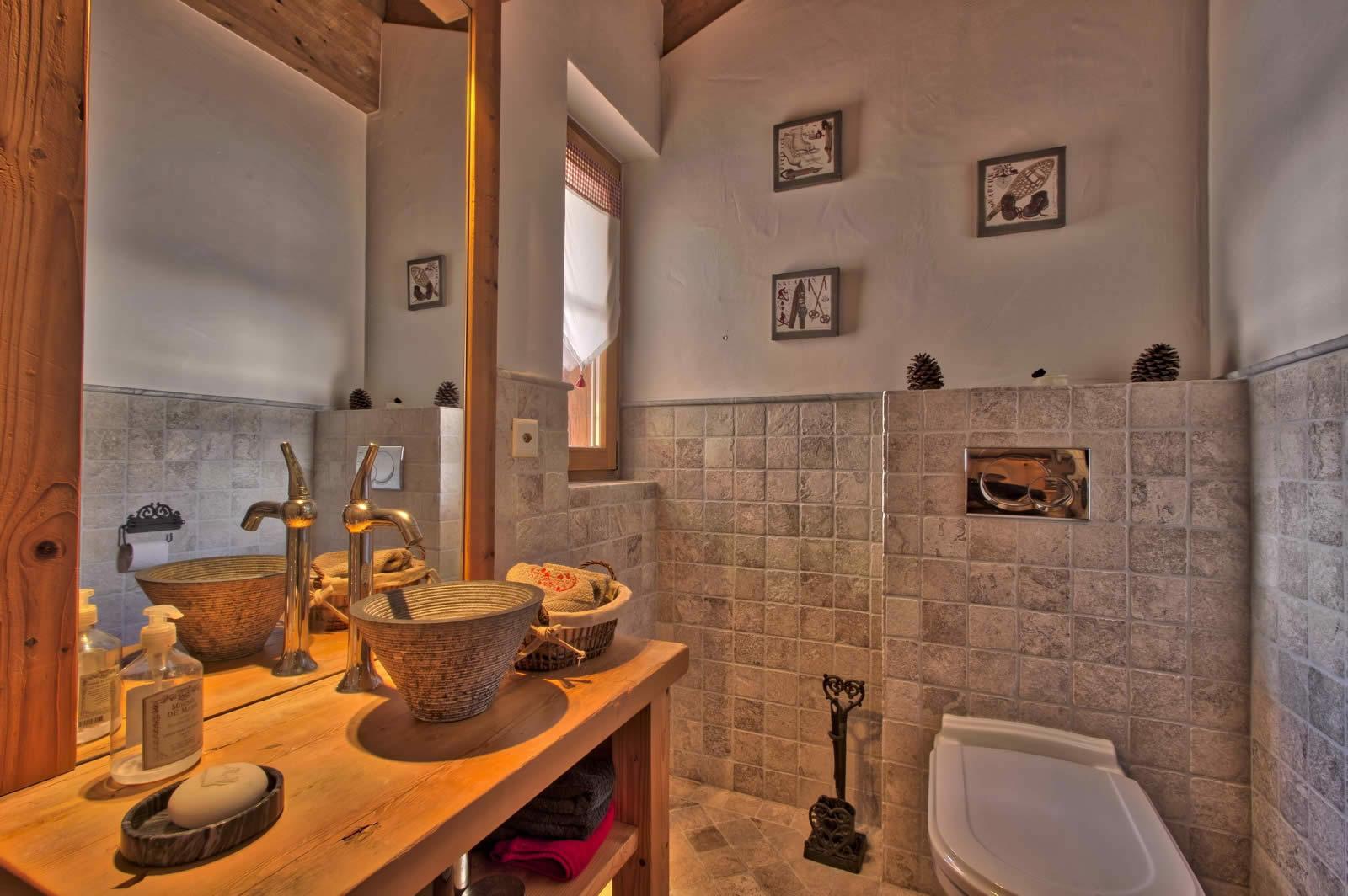 chalet-haut-standing-vue-mont-blanc-3-etages-jacuzzi-sauna-cave-vins-a-vendre-anzere