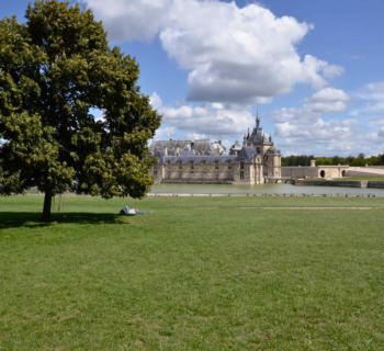 chantilly-domain-chateau-village-apremont-beautiful-properties-stone