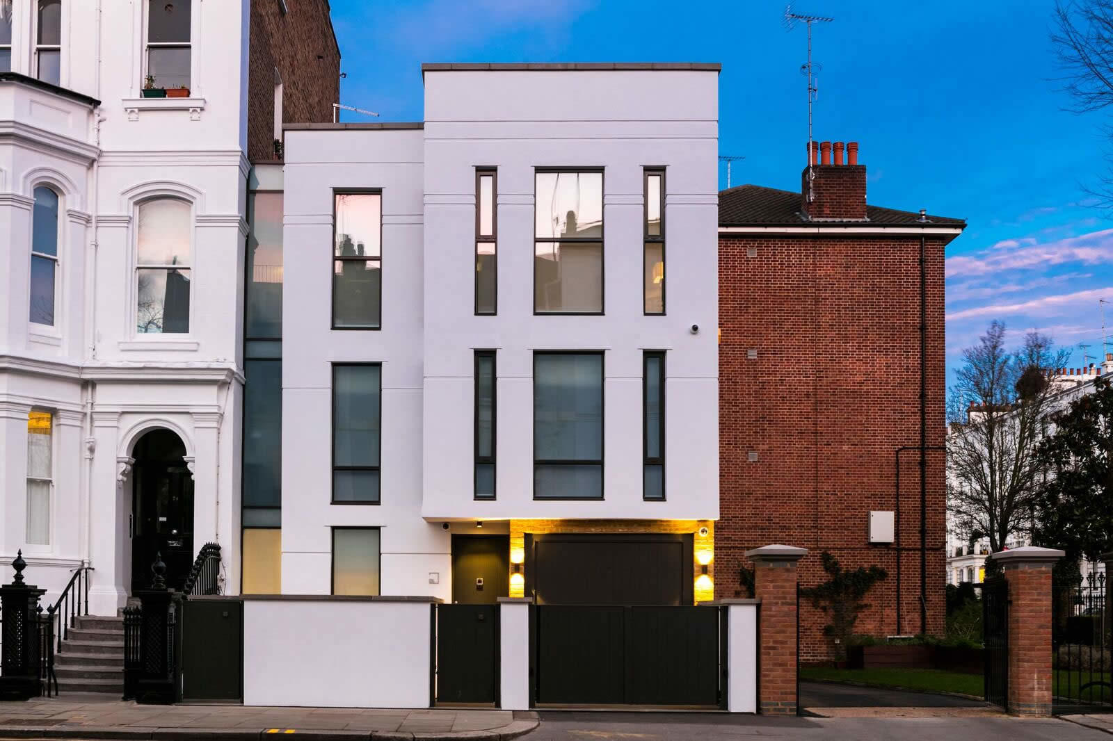 Ultra modern mansion for sale in notting hill london for House notting hill