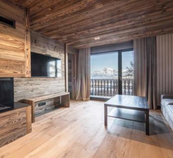 appartement-renove-a-vendre-cheminee-cellier-rangements