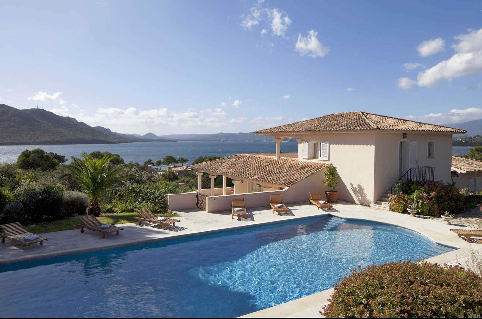 Louer une villa en corse nord ou sud avec piscine for Villa vacances piscine