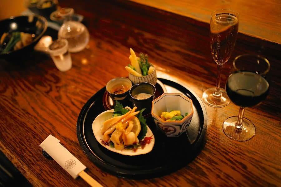 Paris Restaurant Japonais Retrouve Cadavres