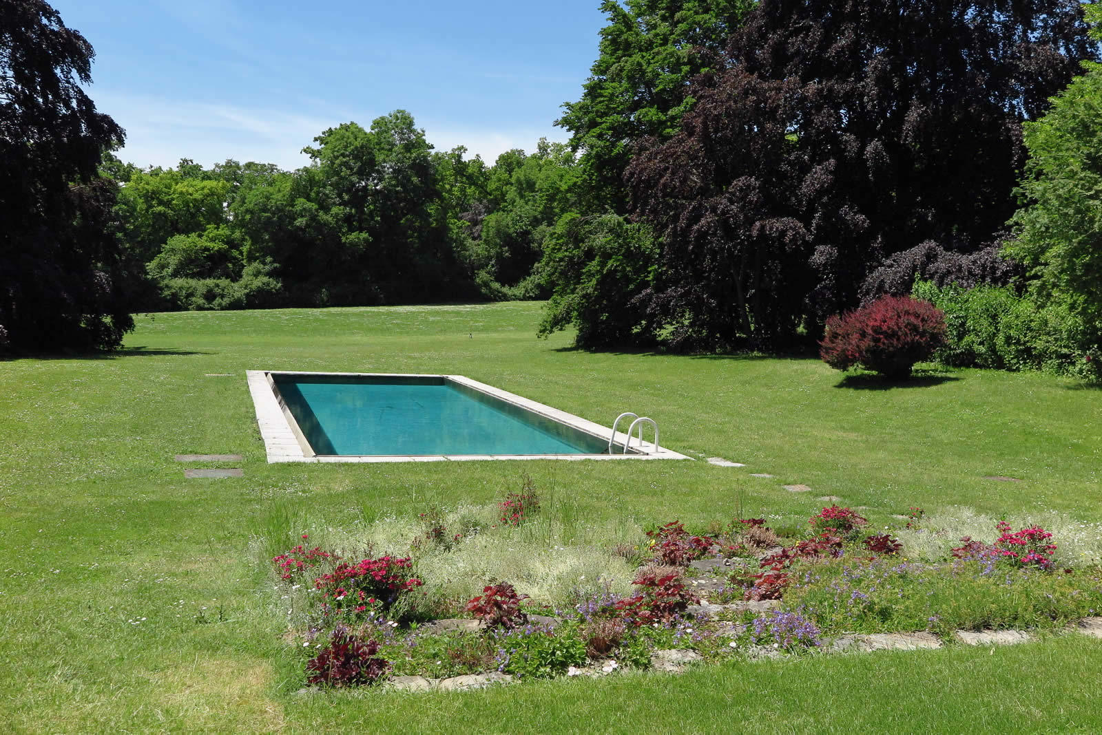 Master property in the countryside with 6 hectare park for Piscine orsole