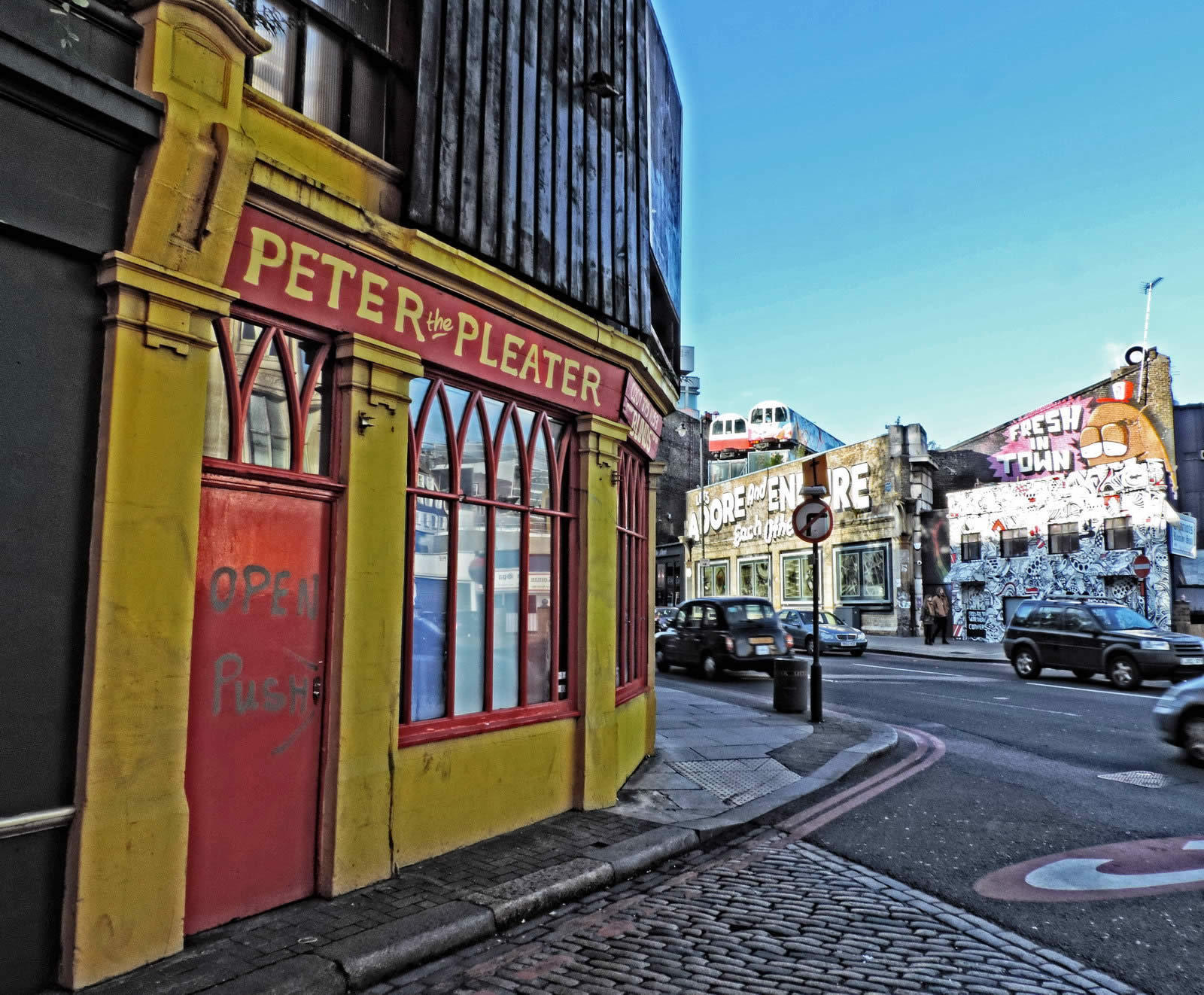 shoreditch-quartier-hype-architecture-eclectique-street-art-galeries-antiquites-friperies