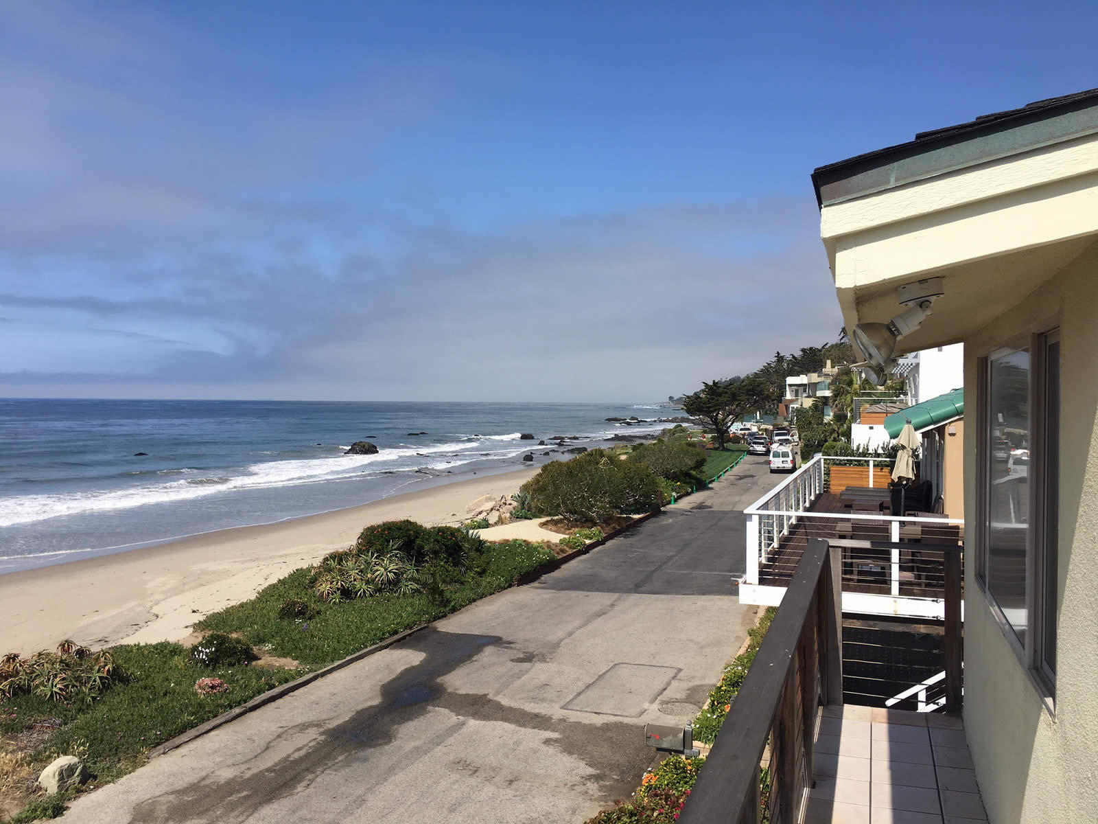 Beach house for sale in malibu gated community for Beach house view