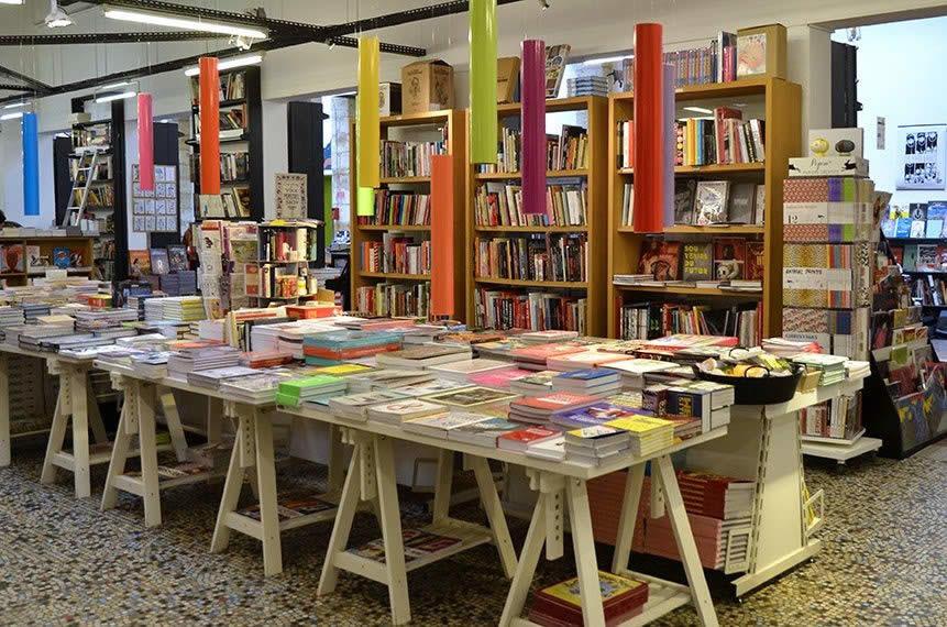 mollat-librairie-livres-culture-espace-jeunesse_4