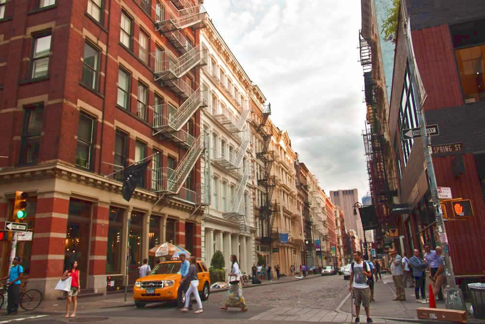 soho-neighborhood-loft-shops-restaurants-buy