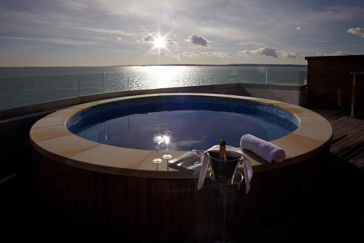 spitbank-fort-hotel-luxe-solent-ancien-gastronomie_7