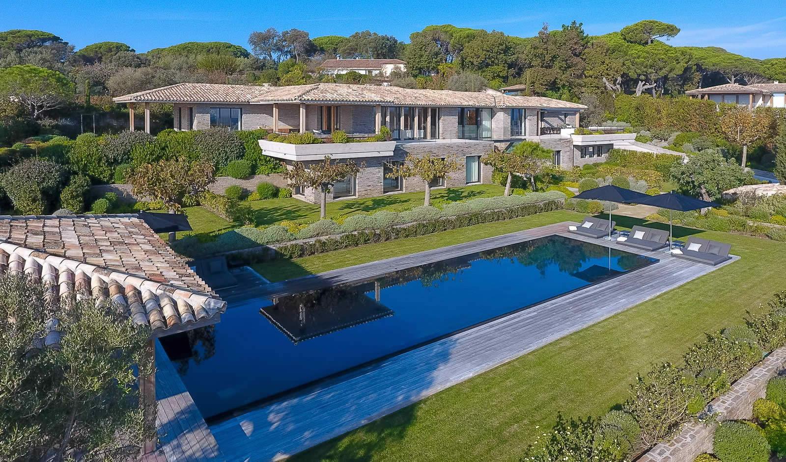 Superbe villa louer pour vos vacances saint tropez for Villa louer vacances