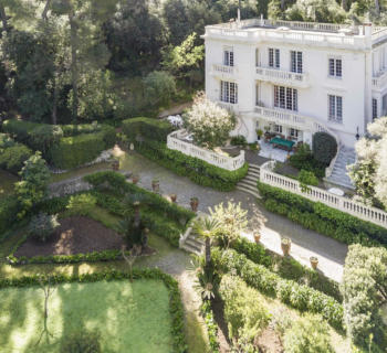 villa-for-sale-cap-antibes-sea-view-treed-lawn-garage