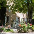 bastide-for-sale-aix-en-provence-fireplace-workshop-pool-view-sainte-victoire