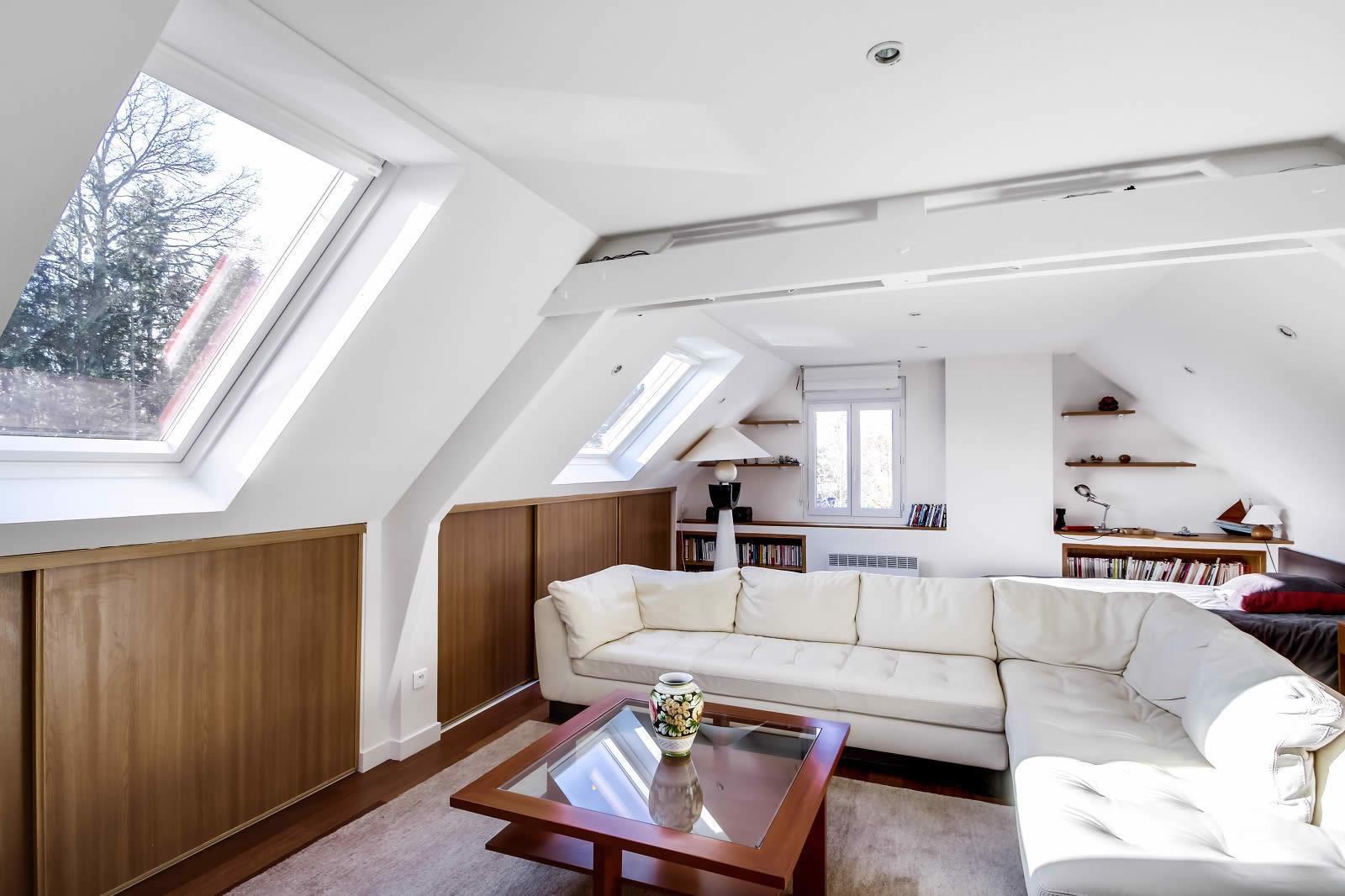 maison-contemporaine-a-vendre-suce-sur-erdre-piscine-terrasse-terrain-garagemaison-contemporaine-a-vendre-suce-sur-erdre-piscine-terrasse-terrain-garage