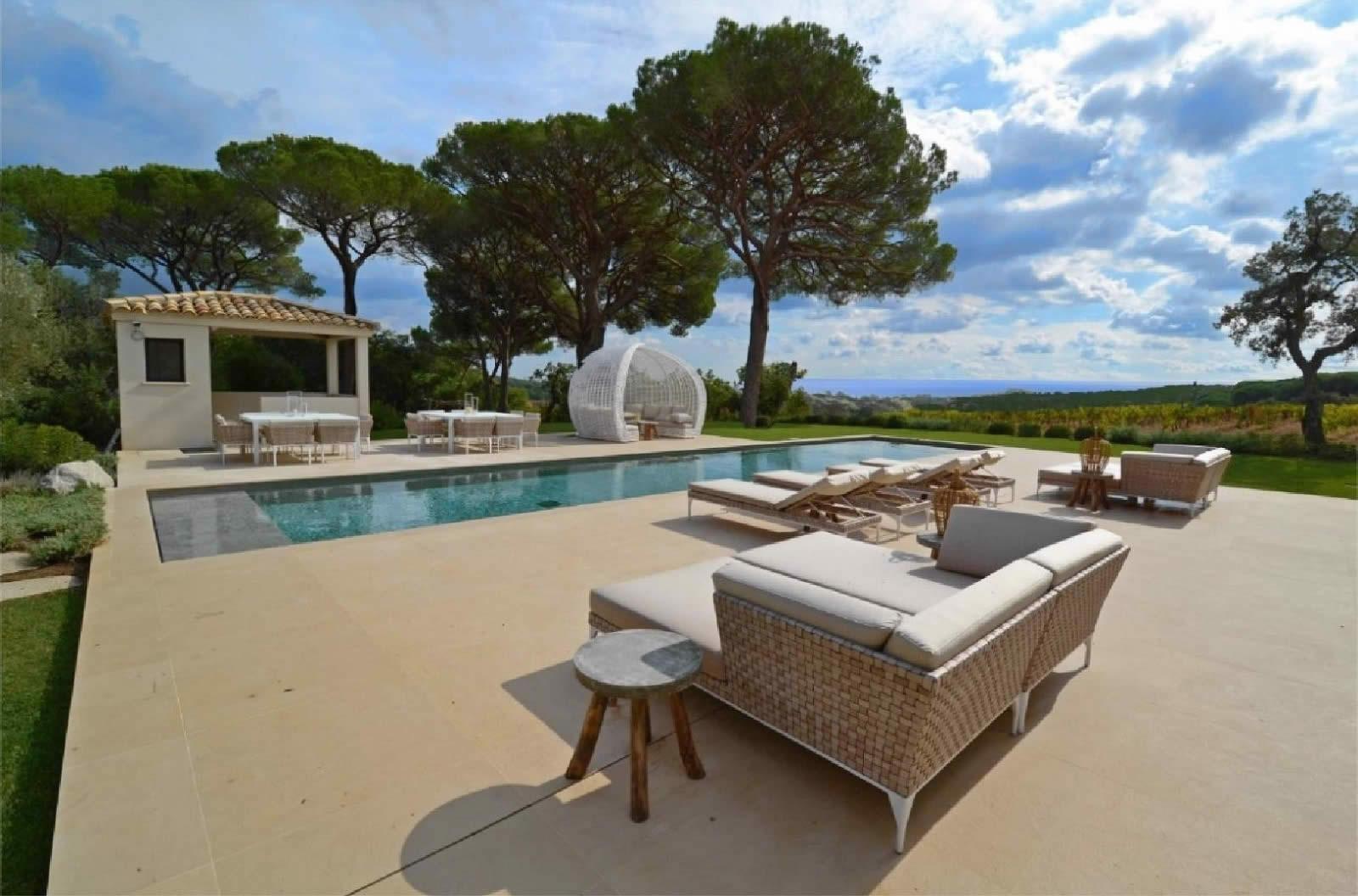 Villa louer ramatuelle piscine 6 chambres vue for Camping saint tropez avec piscine