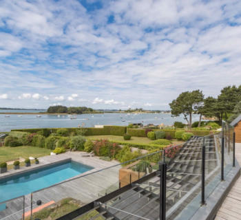 villa-for-sale-waterfront-wine-cellar-home-cinema-jacuzzi