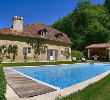 propriete-a-vendre-perigueux-piscine-cheminee-pool-house-parking