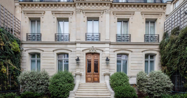 private-mansion-for-sale-elevator-pool-hammam-gym