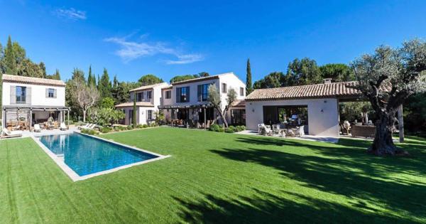 villa-a-louer-luxe-cinema-piscine-hammam