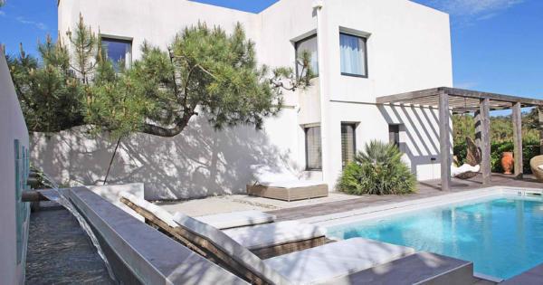 villa-a-louer-chiberta-piscine-acces-prive-plage-vue-mer-5chambres-golf