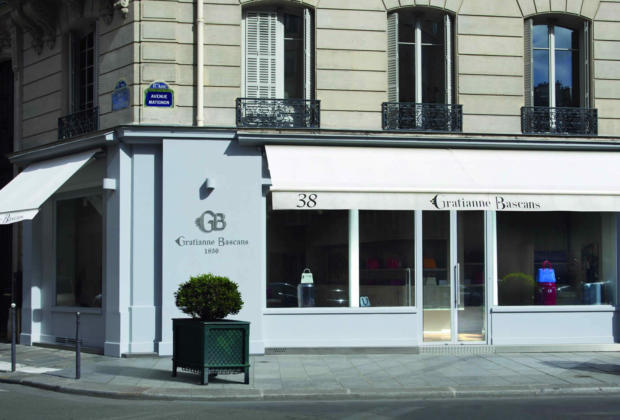 gratianne-bascans-maroquinerie-tradition-familiale-fabrication-francaise-matieres-artisanales