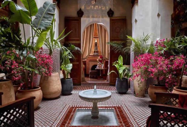 H tel royal mansour marrakech un riad de 1 4 chambres for Chambre arabo suisse